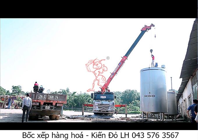 boc-xep-hang-hoa-may-moc