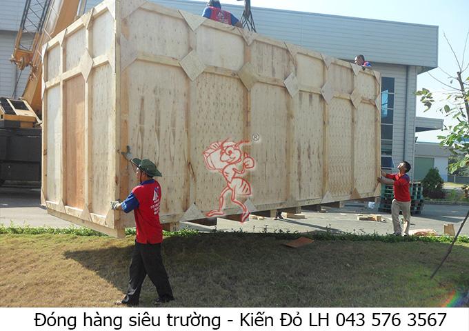 dong-hang-sieu-truong-tai-kcn
