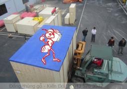 dong-thung-go-xuat-nhap-khau
